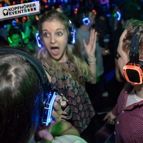 Silent Party mit Silent Disco Kopfhörern von Kopfhörer Events Deutschland