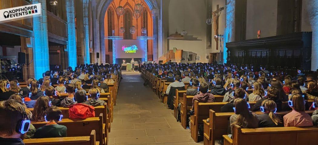 Silent Gottesdienst mit Kopfhörern von Kopfhörer Events Deutschland