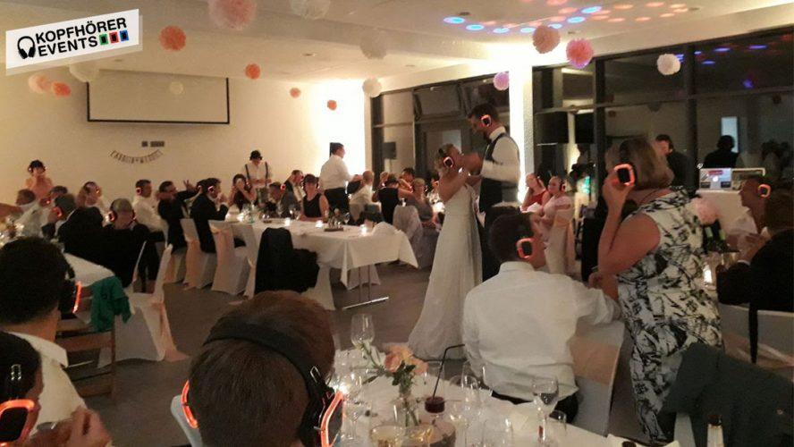 Silent Disco Kopfhörer von Kopfhörer Events Deutschland auf einer Silent Wedding