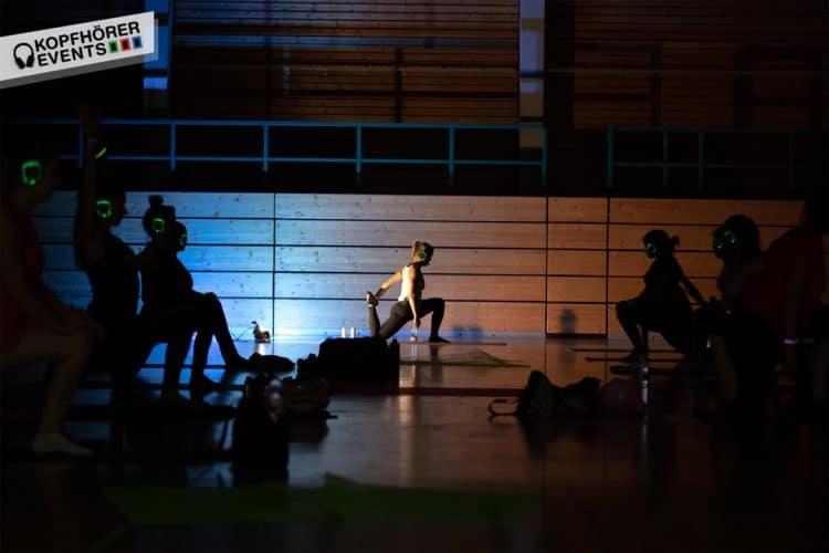 Silent Disco Yoga mit Silent Kopfhörern von Kopfhörer Events Deutschland