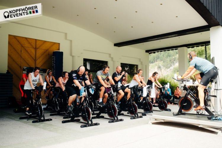 Silent Cycling mit Silent Fitness Kopfhörern von Kopfhörer Events Deutschland